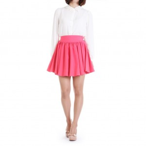 Klostuoti mini sijonai