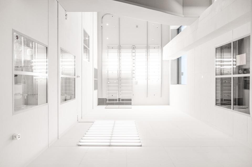 Stilingos stiklinės dušo sienelės: dizaino tendencijos 2019 metais